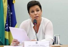 VEJA VÍDEO: Cristiane Brasil se defende de processos ao lado de saradões