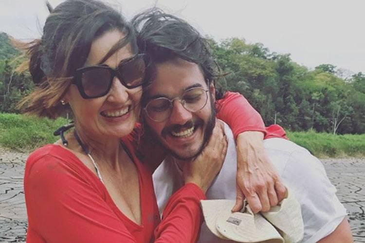 fatima tulio  - Fátima viaja para Jeri com Túlio e faz 'curso de selfie' com a filha