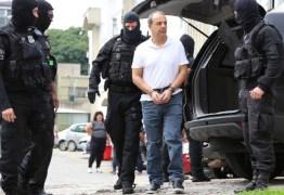 Moro cobra da PF 'motivo' de algemas em mãos e pés de Cabral
