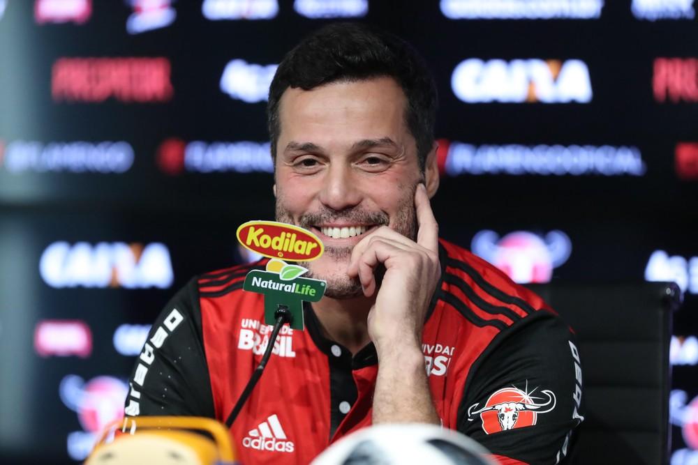 julio cesar flamengo - Zico comenta retorno de Julio César ao Flamengo: 'Vai contribuir muito'