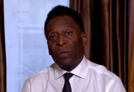 Pelé nega desmaio e diz que desistiu de viagem a Londres porque seria 'estressante'