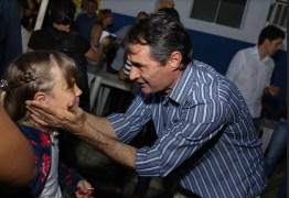 Acompanhado de Cássio e Rômulo, Romero foi recebido pelos prefeitos de Amparo e Ouro Velho na noite desta segunda-feira