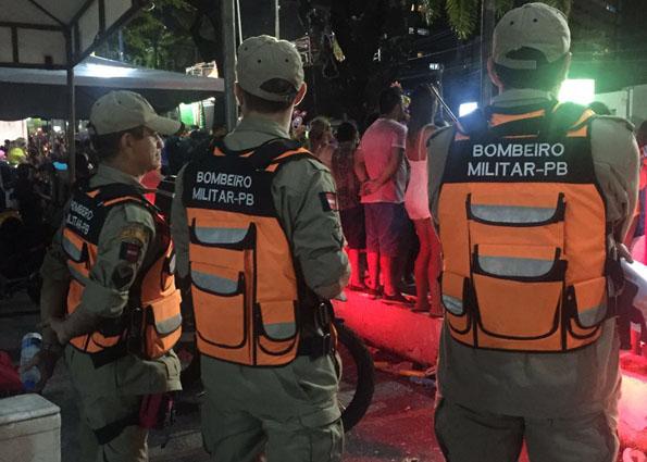02 01 16 folia rua bombeiros garantem seguranca folies 3 - Corpo de Bombeiros terá operação especial para o Folia de Rua da capital