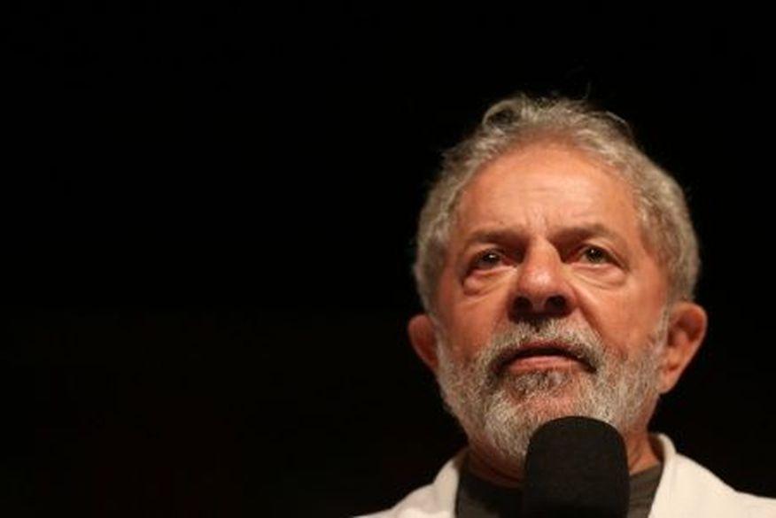 13dez2017 o ex presidente luiz inacio lula da silva pt participa de ato realizado na sede do sindicato dos bancarios em brasilia 1513193603549 615x300 - Defesa de Lula tem até hoje para apresentar recursos