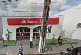 Bandidos arrombam banco e roubam dinheiro e armas na Paraíba