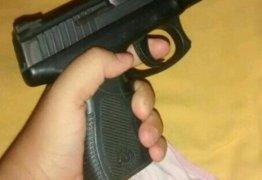 Menino atira em criança de 10 anos com arma de padastro