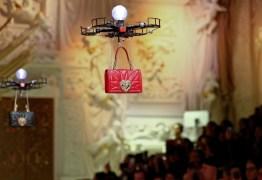 Desfile da Dolce e Gabbana usa drones no lugar de modelos