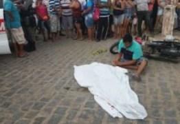 Homem morre ao ser atropelado por caminhão da Prefeitura