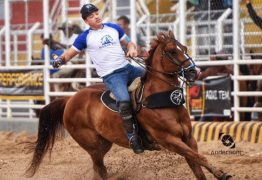 SUCESSO: Wesley Safadão participa de vaquejada com cavalo comprado na Paraíba