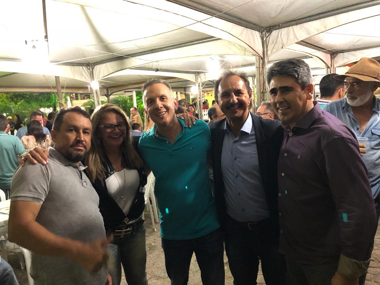 WhatsApp Image 2018 02 03 at 14.41.25 - Aguinaldo Ribeiro participa de Festa da Padroeira da cidade de Pedra Lavrada