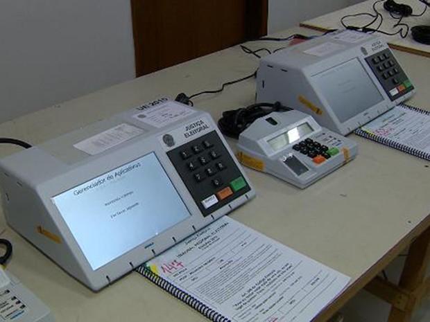 auditoria urnas 31 - TSE estuda auditoria de urnas uma hora antes da eleição