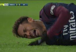Após sofrer lesão no tornozelo, Neymar ficará um mês longe dos gramados