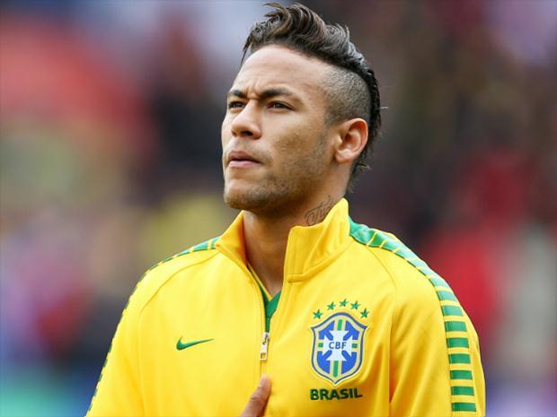 neymar brasil 480 getty - Neymar faz novo exame em MG e ainda não sabe quando volta a Paris