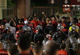 Flamengo pede à torcida não ir ao entorno do Nilton Santos em jogo contra o River Plate
