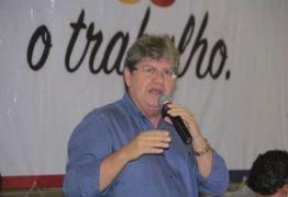 BASTIDORES: saiba quem é o trio de ferro na pré-campanha de João Azevêdo