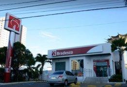 Bandidos invadem agência bancaria da Epitácio Pessoa na madrugada desta sexta-feira