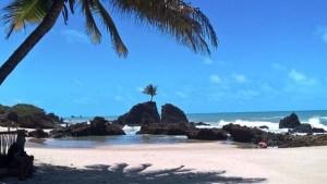 Praia de Tambaba 20160915 300x169 - NO CONDE: Decreto torna pago estacionamento na praia de Tambaba