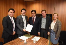 AVANÇOS: Ministro garante empenho para criação do Instituto Federal do Sertão da Paraíba