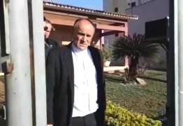 VEJA VÍDEO: Bispo e padres são presos acusados de desviar R$ 1 milhão por ano de diocese