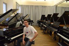 Compositor paraibano é finalista em concurso em Londres