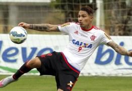 Paolo Guerrero volta a treinar no Flamengo nesta terça-feira