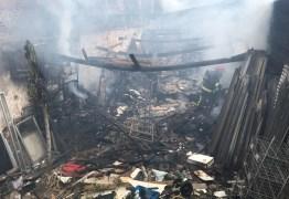 Incêndio destrói loja de móveis no Centro de João Pessoa