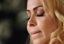 VEJA VÍDEO: Joelma chora ao lembrar que mãe era espancada pelo pai