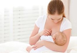 Prolongar a amamentação previne doenças respiratórias no bebê