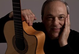 Embaixador da Itália homenageia cantor Toquinho