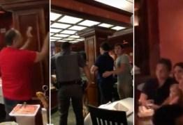 """VEJA VÍDEOS:  Wesley Batista é hostilizado dentro de churrascaria : """"Fora, ladrão!"""""""