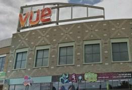TRAGÉDIA: Homem morre após ficar com a cabeça presa em poltrona de cinema