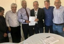 PARCERIA EM ALHANDRA: Convênio garante desconto de 50% na Universidade de Goiana