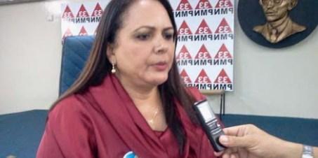 Lídia Moura - Lídia Moura tira de Zennedy comando do PMN