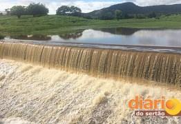 CHEIA NO SERTÃO: Açudes transbordam após chuvas na região de Sousa