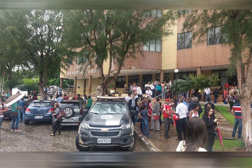 bomba no forum - INSEGURANÇA: Cinco fóruns são alvos de ataques em menos de dois meses na Paraíba