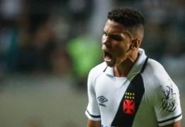 Empréstimo ligado à venda de Paulinho pode gerar punição ao Vasco