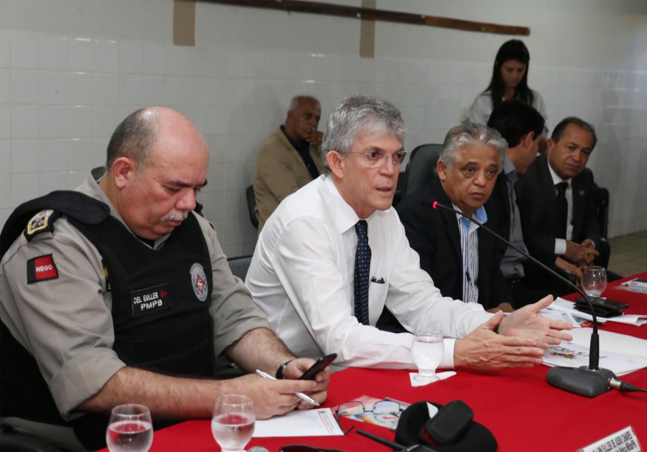ricardo preside reuniao de monitoramento foto francisco franca 1 - Paraíba continua a registrar queda de assassinatos e 1º trimestre tem redução de7,5%