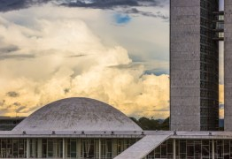 FARRA COM O DINHEIRO PÚBLICO: Senado paga até R$ 1,2 mil por consulta médica de parlamentares