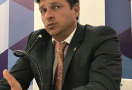 VEJA VÍDEO: Vitor Hugo comenta a missão de assumir a prefeitura e momento de Cabedelo