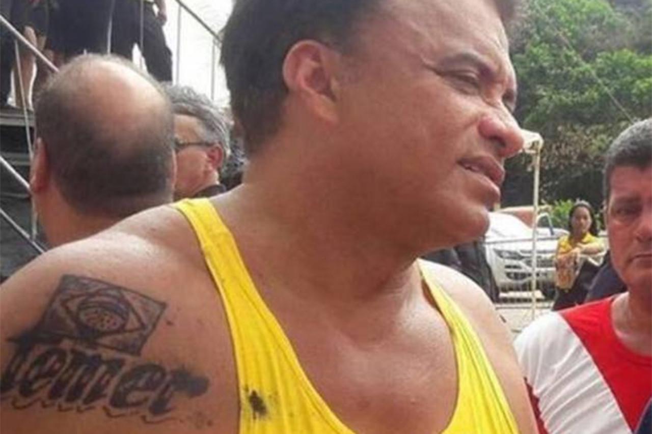 wladimir costa tatuagem2 - Deputado da tatuagem de Temer agride cidadão:  'homem safado apanha na cara' - VEJA VÍDEO