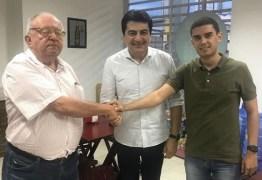 Carlos Dunga anuncia apoio a Manoel Jr. para o Senado Federal