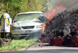 VEJA VÍDEO: Lava de vulcão engole carro no Havaí