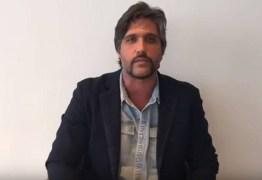Em vídeo, Léo, da dupla Victor e Léo, apoia caminhoneiros: 'Poucos tiveram coragem'