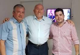 Deputado Trócolli Júnior recebe apoio do vice-prefeito de Natuba