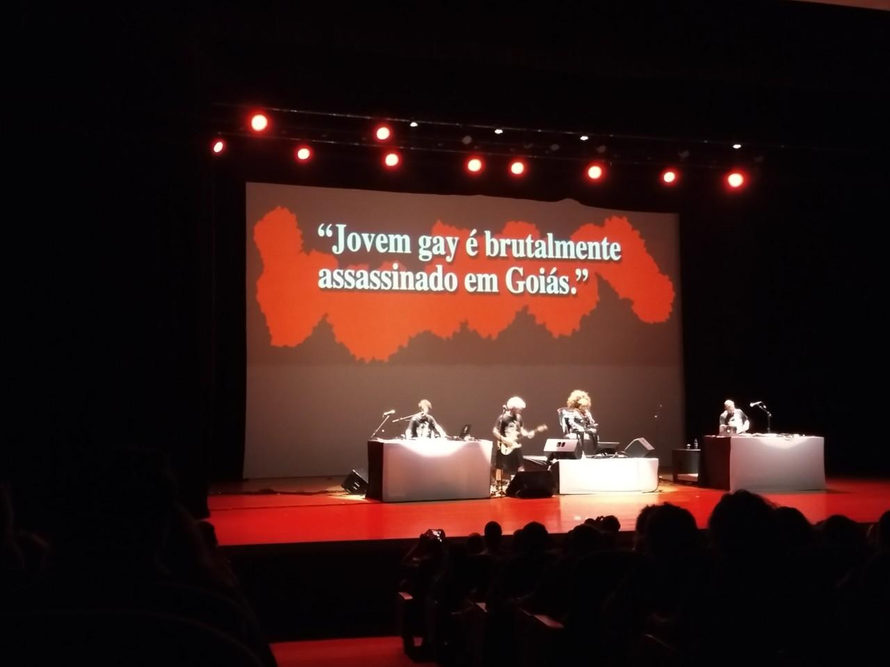 IMG 20180512 222639090 LL - ELZA SOARES: 'A Voz e a Máquina' contra a homofobia e os crimes de ódio