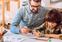 Lição de casa: os pais devem ajudar ou não?