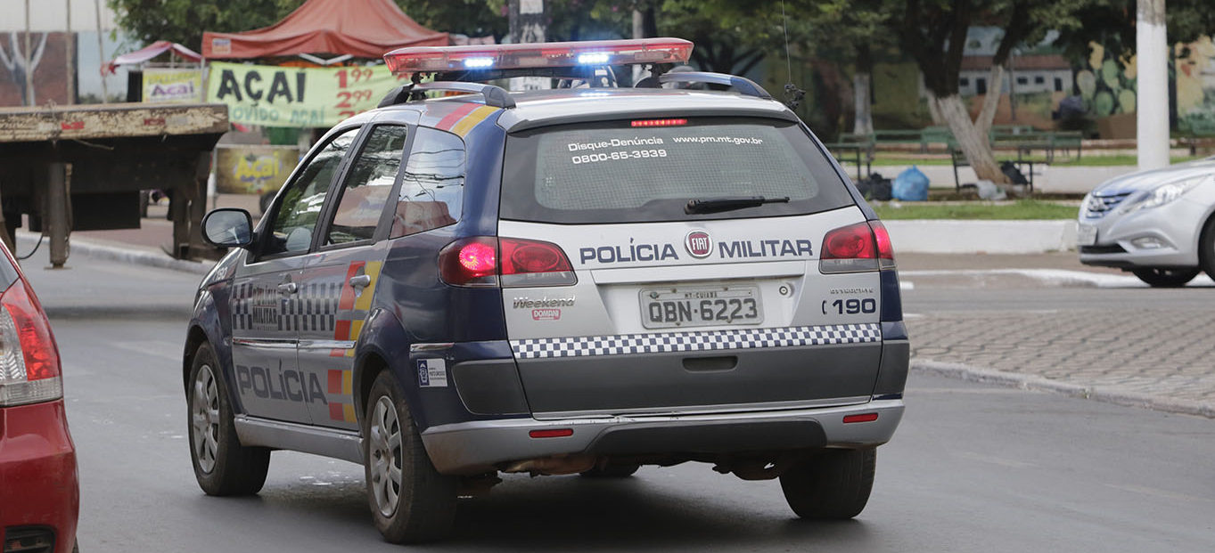 Polícia Militar 3 e1524230816462 - Homem mata esposa e é preso no local do crime dando banho no filho de 9 meses