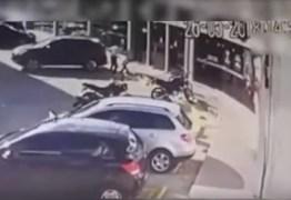 Vídeo mostra momento do assalto que matou gerente de posto de gasolina em João Pessoa
