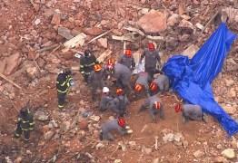 Bombeiros localizam 2º corpo nos escombros do prédio que desabou no Centro de SP