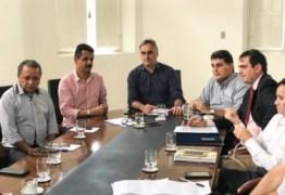 Prefeito de JP reúne secretariado para tentar amenizar crise de desabastecimento